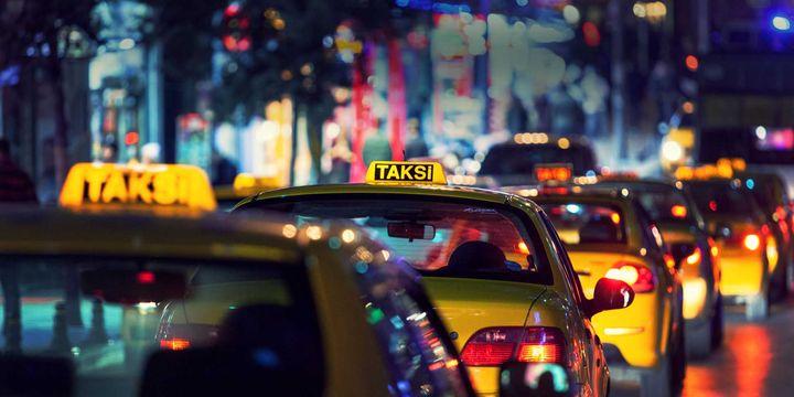 Emniyetten 10 ilde taksi denetimi: 51 şoföre 329 bin 891 lira para cezası !