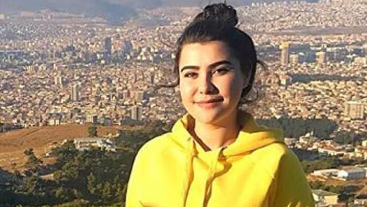 Denizli'de genç kız otomobil çarpması sonucu yaşamını yitirdi