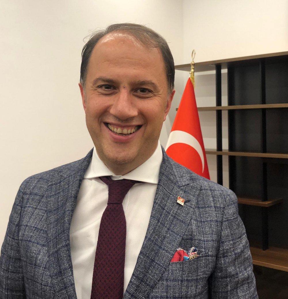 Mehmet Murat Çalık kimdir? Aslen nereli? Beylikdüzü Belediye Başkanı