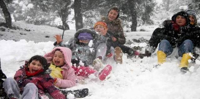 Okullar hangi illerde tatil? 28 Aralık Cuma hangi illerde okullar tatil?