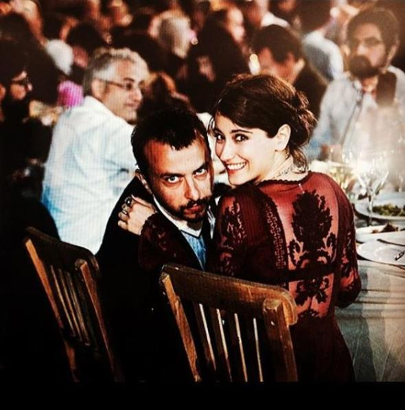 Hazal Kaya ile Ali Atay'ın düğün davetiyesi
