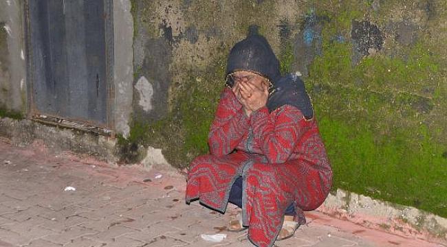Çıkan yangında kullanılmaz hale gelen evin sahibi gözyaşlarına boğuldu