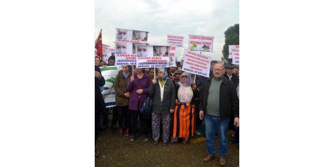 Manisa'da düzenlenen 'jeotermal enerji konferansı' protesto edildi