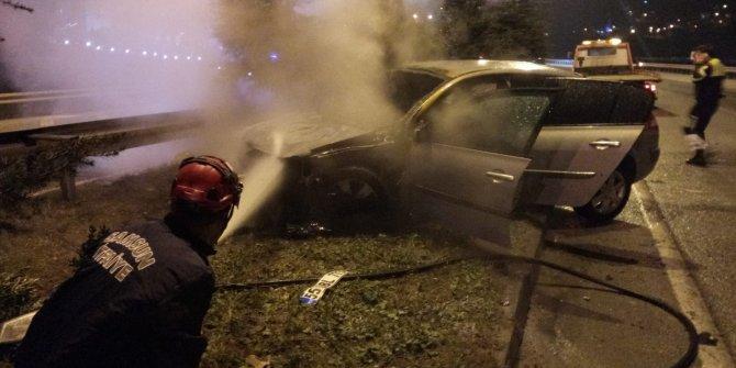 Kaza sonrası alev alan otomobilin sürücüsü kaçtı