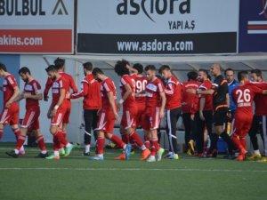 Tuzlaspor'u Manavgatspor'da Durduramadı!
