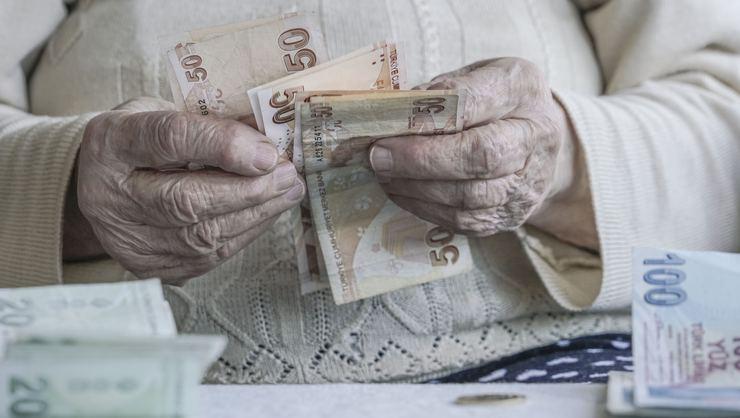 Emeklilere tam 2 bin lira ikramiye müjdesi!