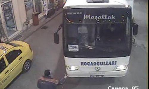 Kafayı Çektiler Otobüs Çaldılar