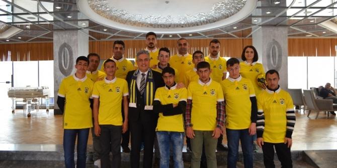 Engelsiz Mardin Projesi futbol takımı Kadıköy'de