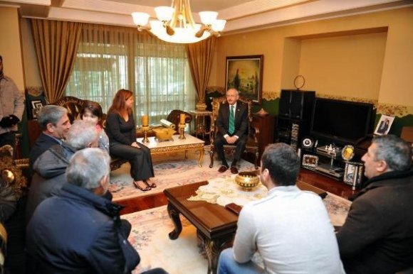 Kılıçdaroğlu'ndan Ağırman Ailesine Taziye Ziyareti