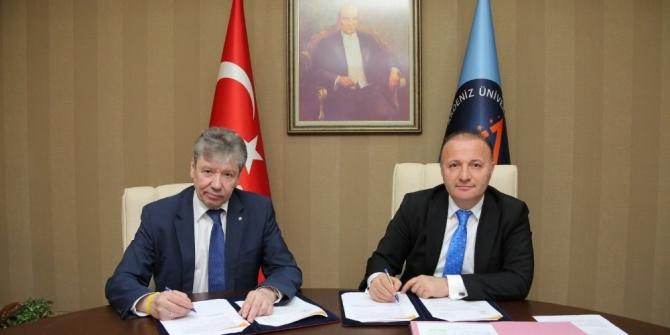Akdeniz Üniversitesi ve Puşkin Leningrad Devlet Üniversitesi işbirliği protokolü İmzaladı