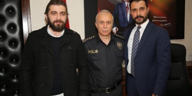 Hayat kurtaran polis ödüllendirildi
