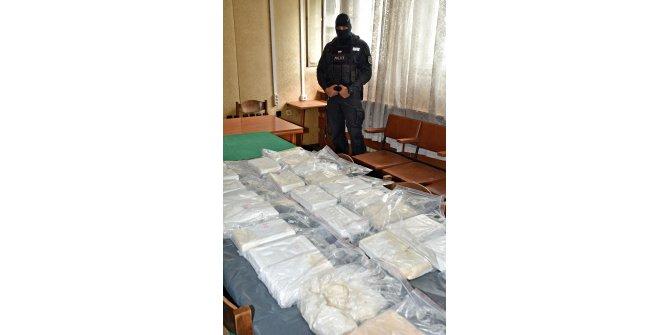 Bulgar sahil güvenlik, denizde 200 kilo kokain buldu