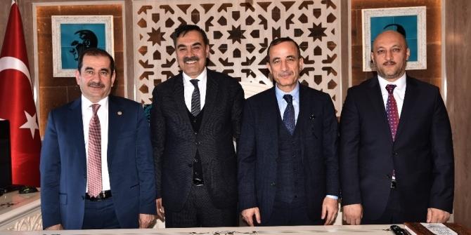 """AK Parti'li Kiler: """"Ahlat, bölgede yıldızı parlayan bir ilçe olacak"""""""