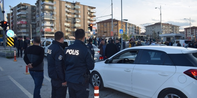 Malatya'da polise ateş açıldı