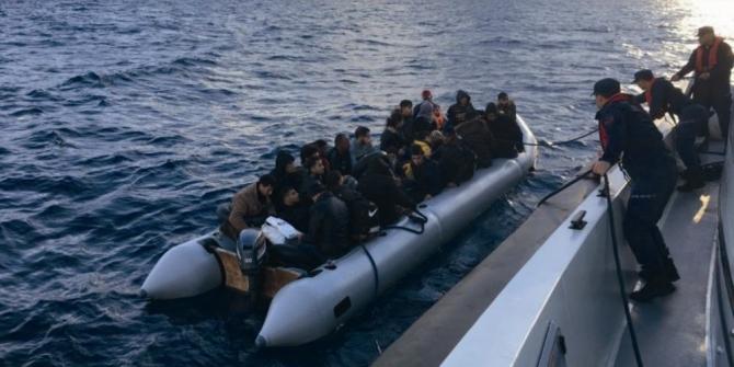 Didim'de 12'si çocuk 35 kaçak göçmen yakalandı