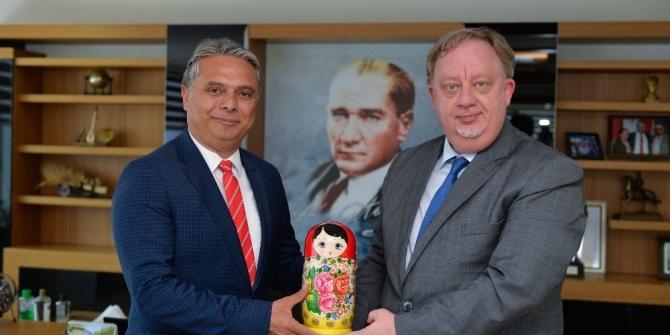 Başkonsolos Rogoza'dan tebrik ziyareti