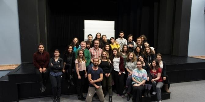 Tiyatro Sanatçısı Sinan Pekinton öğrencilerle bir araya geldi