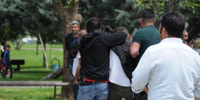 Diyarbakır'da izinsiz oturma eylemine 3 gözaltı