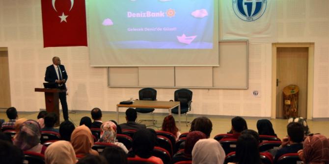 İİBF öğrencilerine Bankacılık semineri