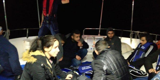 Kaçak göçmen teknesi alabora oldu: 1 ölü