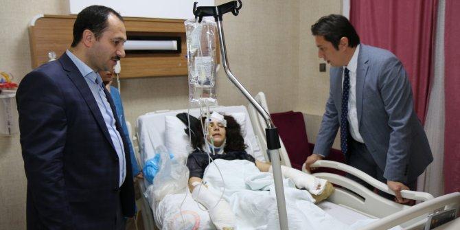 Sağlık Bakanlığı heyetinden kutlama yolunda yaralananlara ziyaret
