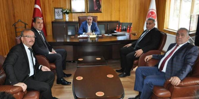 MHP Belde Belediye Başkanları, Dinç'i ziyaret etti