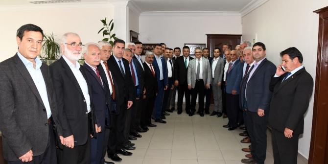 İl genel meclisinden Vali Aykut Pekmez ile bir araya geldi