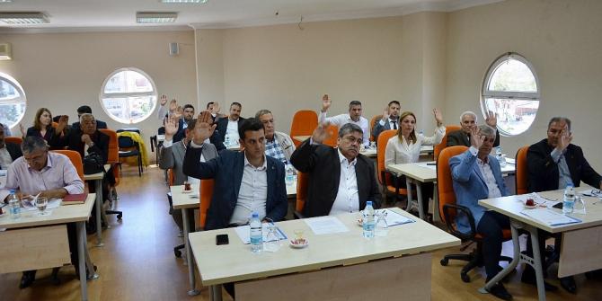Didim Belediye Meclisi toplantısı Atabay'sız yapıldı