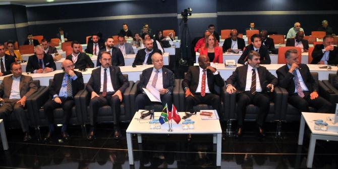 """ASO Başkanı Özdebir: """"Gelecek Afrika Kıtası'nda"""""""