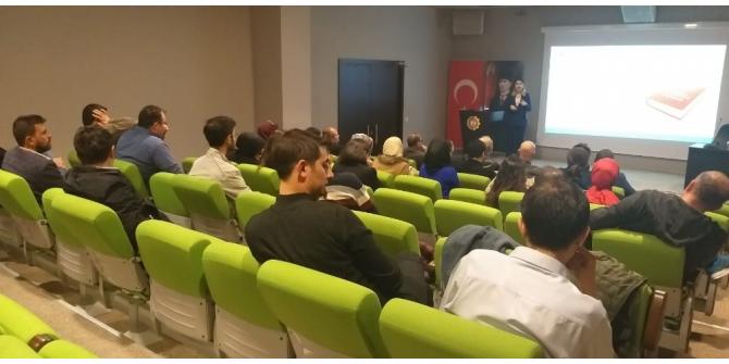 """Afyonkarahisar'da """"Dijital Okuryazarlık"""" eğitimi"""