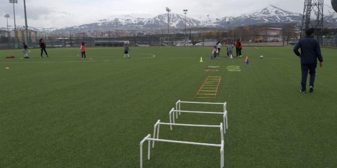 'Yeşil Sahalarda Zeka Oyunları Parkuru' Erzurum'da