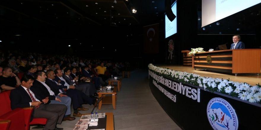 Saraçoğlu, Kayseri'deki takipçileri ile bir araya geldi