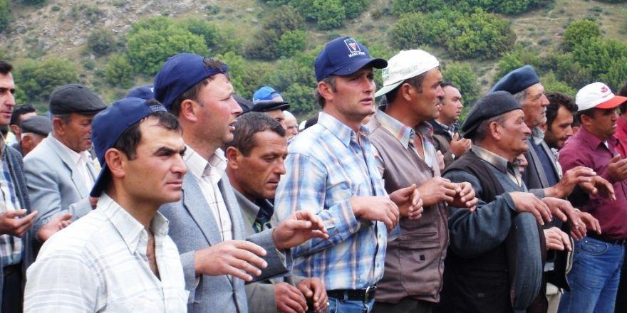 Sarıgöllü çiftçilerden bereket duası