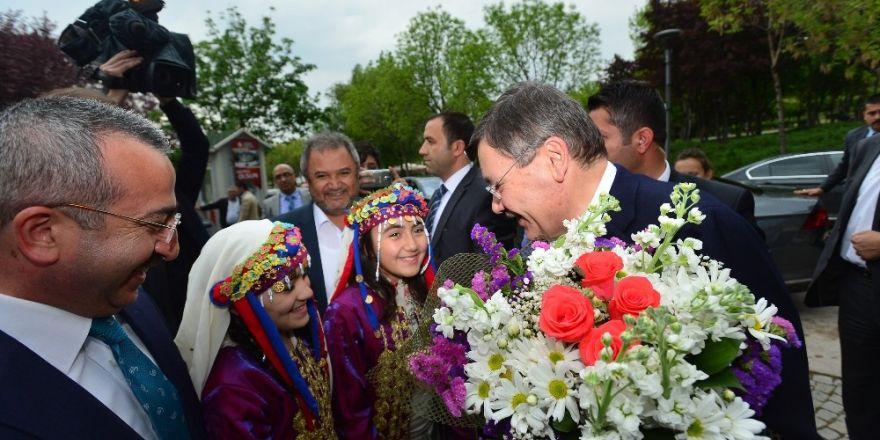 """Ankara Büyükşehir Belediyesi'nden Altınpark'a """"Çorum Evi"""""""