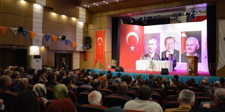 AK Parti Kırıkkale'de İl Danışma Meclisi toplantısı düzenledi