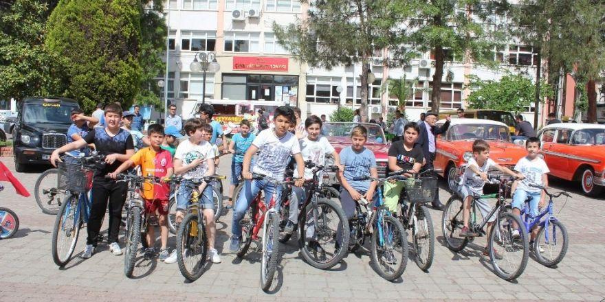 Bahar şenliği bisikletlerle sağlık şenliğine döndü