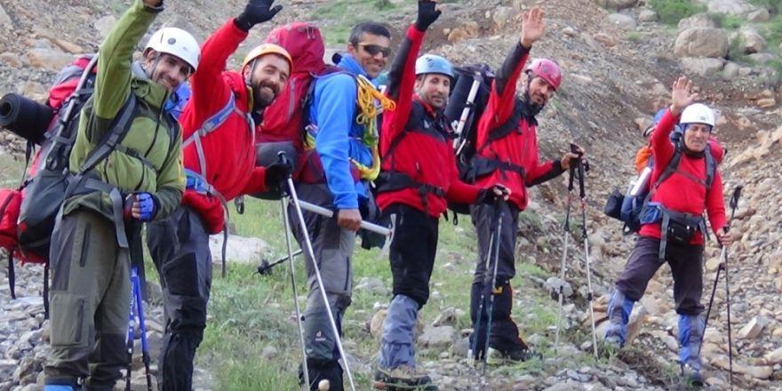 Yasaklı Sümbül Dağı'na tırmanış