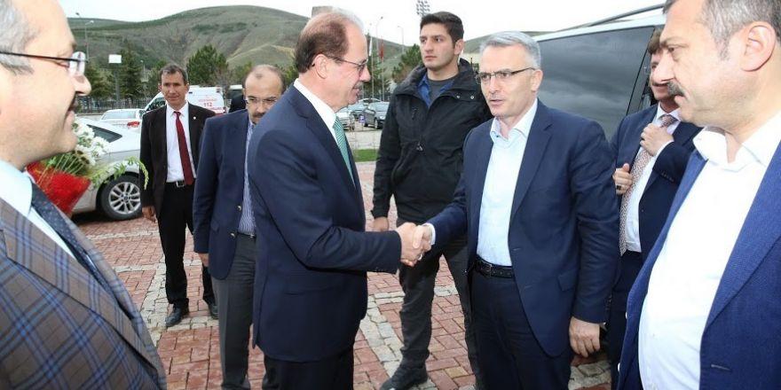 Bakan Ağbal'dan Rektör Coşkun'a hayırlı olsun ziyareti