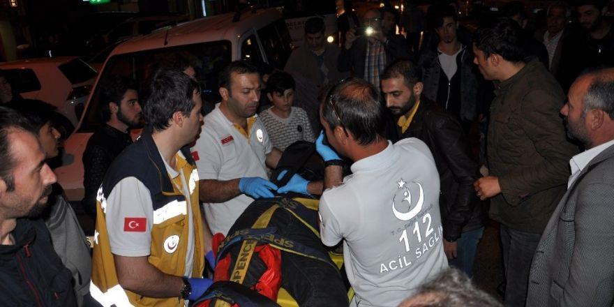 Suriyeli motosiklet sürücüsü ağır yaralandı