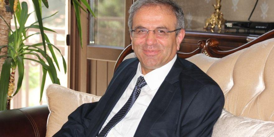 ÖSYM Başkanı Demir, Hatay'da üniversiteleri inceliyor