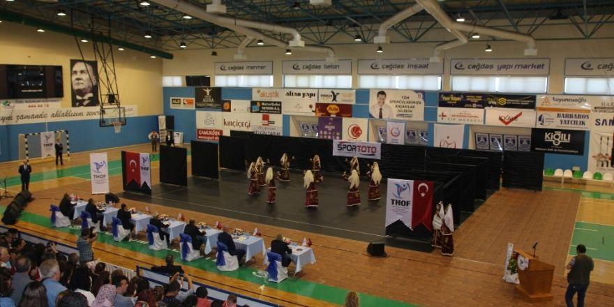 Halkoyunları grup yarışmaları Bodrum'da yapıldı