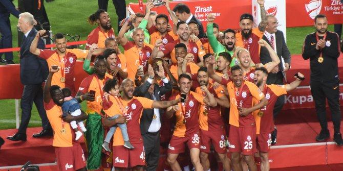 ZTK şampiyonu Galatasaray kupasını aldı