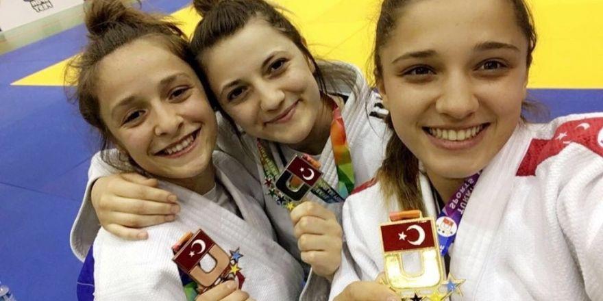 Judo Takımı Adana'dan madalyayla döndü