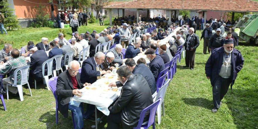 Başkan Ataç yağmur ve şükür dualarına katıldı