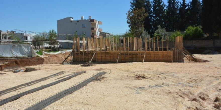 Bahçecik Mahallesi Taziye Evinin yapımı sürüyor