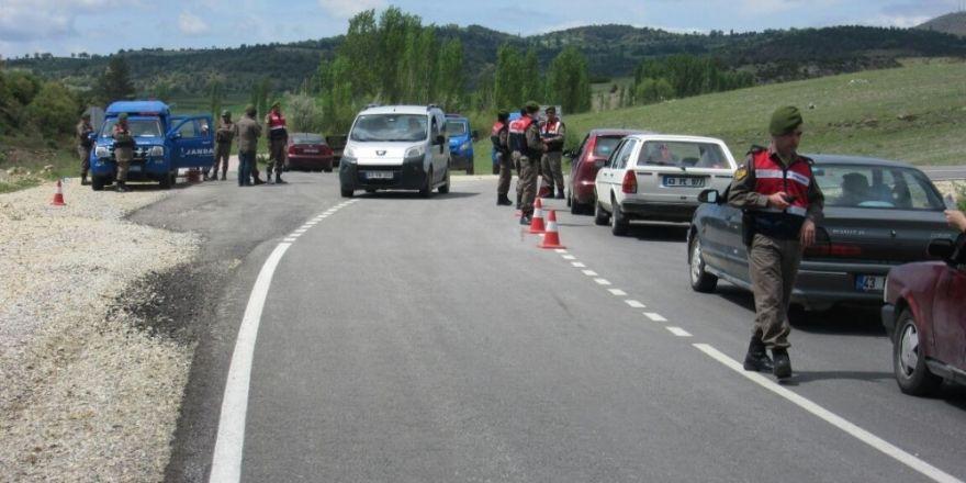 Jandarma halkın huzuru için görev başında
