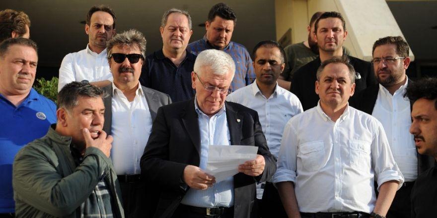 Bursaspor'da Deniz Yılmaz ve Del Valle kadro dışı bırakıldı