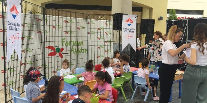 Aydın Bahçeşehir Koleji atölye çalışmaları ile AVM'ye renk kattı