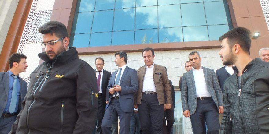 Başakşehir Belediyesi heyetinden Malazgirt'e ziyaret
