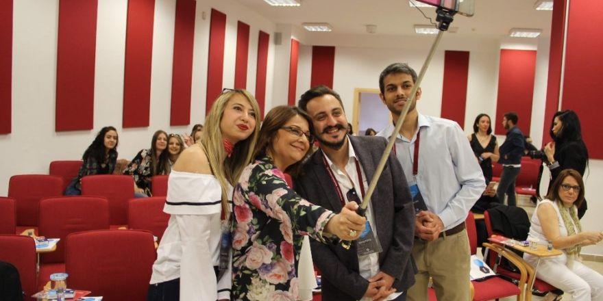 Yönetici asistanları birikimlerini öğrencilerle paylaştı